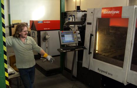 Азот производится для двух станков для лазерной резки