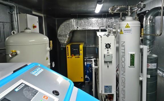 Наличие генератора азота позволило базе Papa расширить свои услуги